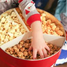 why the multi flavor holiday popcorn tin is best gift you will ever receive