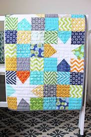 Best 25+ Baby boy quilts ideas on Pinterest | Baby quilts for boys ... & I love the use of white in this quilt--would be a great pattern. Baby Boy  ... Adamdwight.com