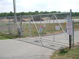 chain link fence installation. Simple Chain Throughout Chain Link Fence Installation