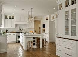 white kitchen classic