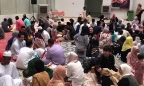 Indonesian Eid Asia Malaysian Times Dubai Celebrate In Jointly Expats rwPfrUpq