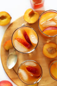 gles of our simple and refreshing peach iced tea recipe