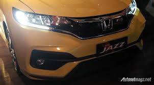 2018 honda jazz facelift. unique jazz honda honda jazz facelift 2018 indonesia front fascia resmi honda jazz  facelift 2017 and