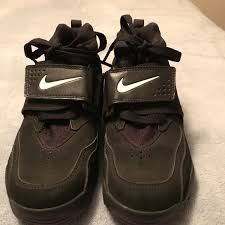 Don't decrease your value by associating with bottom tier people. Nike Shoes Nike Air Diamond Turf 20 Deion Sanders 407912001 Poshmark