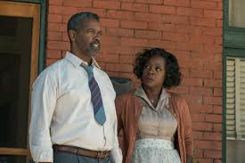 denzel washington s fences gets stuck between stage and screen