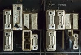 two bad days old 3 phase fuse box old 3 phase fuse box