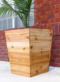 tapered cedar planter diy instructions the house of wood