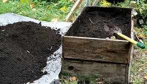 garden soil mix. Simple Mix Mixing Homemade Potting Soil Gives You The Flexibility To Give Your  Container Vegetable Garden Nutrients It Needs Grow Healthy And Strong In Garden Soil Mix O