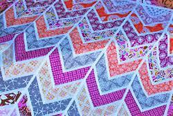 Cheverybody's Favorite Chevron Quilt Patterns - FaveCrafts & Chevron Quilt Patterns Adamdwight.com