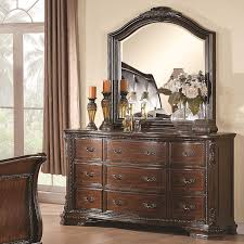 Master Bedroom Dresser Decor Maddison Ii Bedroom Set 202260 Traditional Bed Collection In Warm