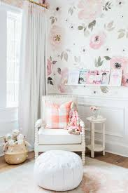 Pink And White Wallpaper For A Bedroom 17 Best Ideas About Girls Bedroom Wallpaper On Pinterest Little