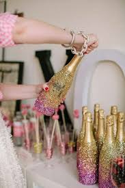 glitter champagne diy 25 new year s eve party ideas