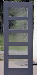5 lite interior shaker door with seedy water glass