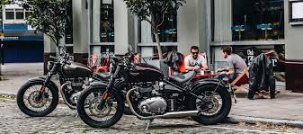 reviews 2017 triumph bonneville bobber motorcyclist