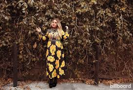 <b>Kelly Clarkson</b> Finds the '<b>Meaning</b> Of Life' With Her Biggest Tour Yet ...