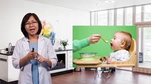 CẦN BIẾT] Bảng thời gian cho bé ăn dặm trong ngày các mẹ cần biết
