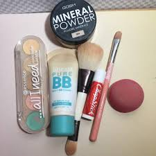 hi guys today i am going to share my daily makeup routine