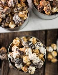 sweet gourmet popcorn trio tins from stew leonard s gifts