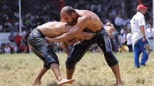 660. Tarihi Kırkpınar Yağlı Güreşleri'nde yarı finalistler belli oldu
