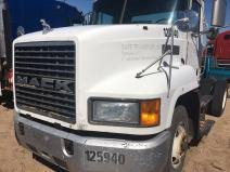 mack ch613 hood on heavytruckparts net active truck parts hood mack ch613
