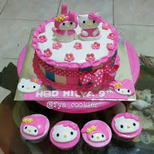 Hello Kitty My Melody Cake Cupcake Di Balikpapan Fya Cookies Cake