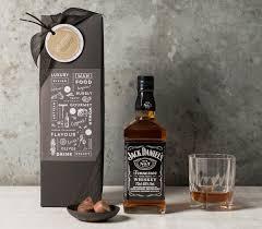 jack daniel s tennessee whiskey gift set