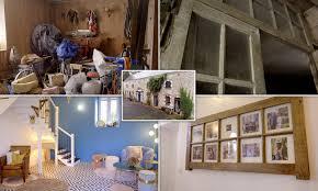 La commune s'étend sur 5,2 km² et compte 278 habitants depuis le dernier recensement de la population datant de 2005. Escape To The Chateau Sees An Old Tack Room Transformed Into A Beautiful Grand Entrance Way Daily Mail Online