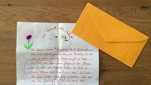Deshalb schreiben sie an ihre lehrerin frau meinert. Brieffreundschaften Zwischen Schulern Betzold Blog