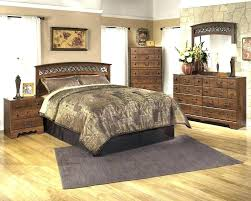 decoration: Buy Key Town King Panel Bed By Millennium From Poster ...