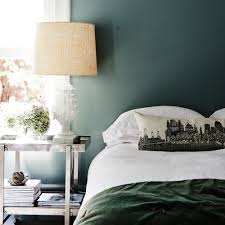 decorate with a serene green bedroom colour schemes
