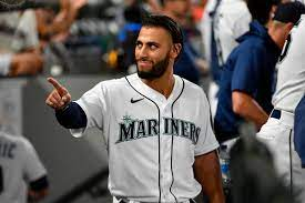 Mariners lose, but don't lose the way ...