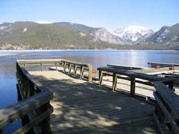 bordered by grand lake and the shadow mountain connecting channel the park offers ample access to non motorized boats and fishing as well as an ideal place