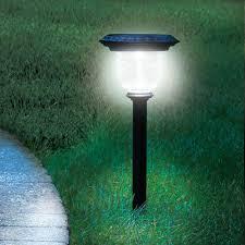 Top Rated Solar Path Lights The Best Solar Walkway Light From Hammacher Schlemmer 50
