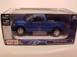 World Famous Classic Toys Diecast Ford Pickup Trucks F-150, Ford F ...