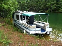 house boats for used houseboats for in by owner foot sun tracker party hut