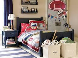 boys bedroom decorating ideas sports. Simple Sports Bedroom Sports Themed Boys Room Cool With Theme  Pillows Blanket Area Rug To Bedroom Decorating Ideas O