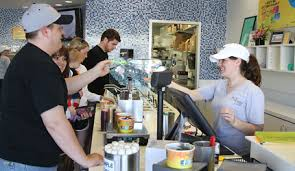 3 spoons waco s newest frozen yogurt hosts its grand opening saay in the central texas marketplace