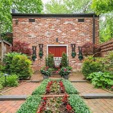 5 d c homes for with perfect luscious gardens