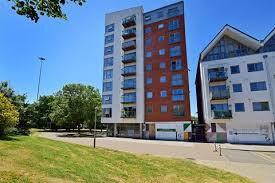 2 Bedroom Flat For Sale   Station Lane, Pitsea, Basildon, Essex