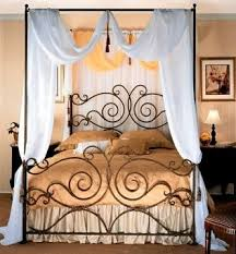 Iron Canopy Bed Ideas