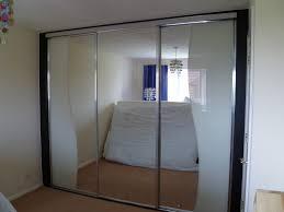 mirrored sliding closet doors simple