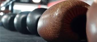 Как выбрать боксерские <b>перчатки для тренировок</b>   Выбор ...