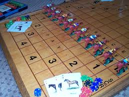 Wooden Horse Race Game Pattern Anyone know the Wood Horse Racing Game 3