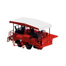 The ferrari futura twin is a fully automated transplanter that can work with vegetables the futura twin automatic transplanter is equipped with a shuttle device to feed two rows of plants. Vegetable Transplanter Futura Ferrari Costruzioni Meccaniche S R L Lettuce Tomato Automatic