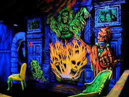 haunted house lighting ideas. halloween productions was the first company to market blacklight 3d haunted houses amusement industry house lighting ideas