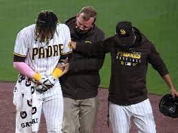 Fernando Tatis Jr. injures shoulder ...