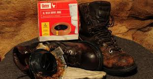 waterproofing your leather hunting boots for the of laces