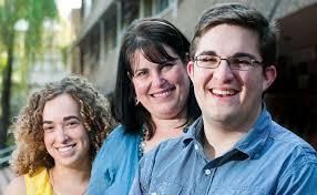 Three's company for graduates | Sunshine Coast Daily