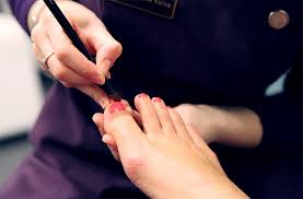 where to go for a manicure and pedicure in london