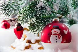 manualidades navideñas con nieve en spray efecto nevosa